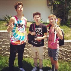 Nash Grier, carter Reynolds, and jack Johnson. They look so small next to Nash
