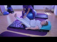 10 minute de exercitii pentru seniorii care sufera de dureri de spate - YouTube Back Exercises, Health Fitness, Yoga, Youtube, Medicine, Diet, Middle Back Exercises, Fitness, Youtubers