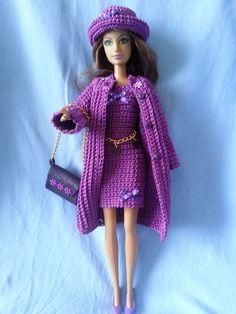 vetement pour poupée mannequin Barbie                                                                                                                                                                                 Plus