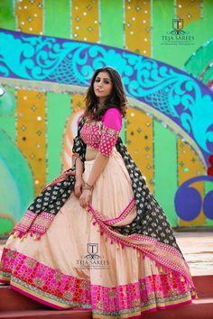 Latest Collection of Lehenga Choli Designs in the gallery. Lehenga Designs from India's Top Online Shopping Sites. Lehenga Choli Designs, Ghagra Choli, Lehenga Choli Online, Sharara Designs, Garba Dress, Navratri Dress, Lehnga Dress, Chaniya Choli For Navratri, Lehenga Blouse
