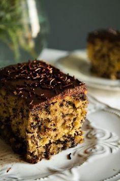 Κέικ με Σοκολάτα Συνταγές Greek Sweets, Greek Desserts, Greek Recipes, Cookbook Recipes, Cookie Recipes, Chocolates, Greek Cake, Brownie Bar, Coffee Cake
