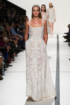 A gown this beautiful - and with pockets - the ultimate...! Elie Saab Ready-To-Wear Spring-Summer 2014 Collection