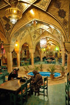 Teehaus wurde in Iran, Kerman aufgenommen und hat folgende Stichwörter: Tradition,  Hamam,  Zentralasien.
