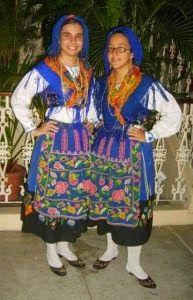 Fotos – Google+ Minho, Traditional Outfits, Portuguese, Folk, Dress Up, Azores, Costumes, Cinema, Clothes