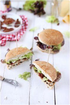 Hamburgers aux saveurs du Sud (Poulet, miel, chèvre)