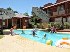 Bendigo National Hotel Complex Australia, Pacific Ocean and Australia Located in Ironbark, National Hotel Complex is a perfect starting point from which to explore Bendigo. Featuring a complete list of amenities, guests will find their stay at the property a comfortable one. Free Wi-Fi in all rooms, fax machine, laundromat, photocopying, facilities for disabled guests are just some of the facilities on offer. Comfortable guestrooms ensure a good night's sleep with some rooms f...
