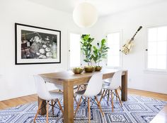 Homepolish: Online and In-Home Interior Design by the Hour Side Chairs, Dining Chairs, Dining Table, Wood Table, Furniture Inspiration, Interior Inspiration, Dining Room Design, Kitchen Design, Interiores Design