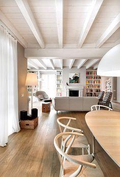 68 Ideas For Kitchen Rustic White Mason Jars Rustic Cabinets, Rustic Shelves, Rustic Desk, Rustic Office, Kitchen Bar Lights, Kitchen Lighting, Diy Interior, Interior Design, Casa Top