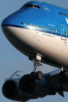 KLM Royal Dutch Airlines ______________________________ Boeing 747-406M PH-BFF A380 Aircraft, Passenger Aircraft, Boeing 747, Best Airlines, Cargo Airlines, Airport Architecture, Drones, Royal Dutch, Fly Safe