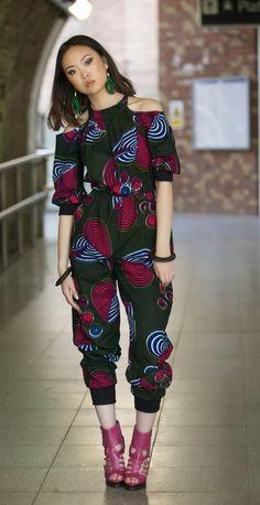Jumpsuit / African print jumpsuit / Romper / catsuit / wax print jumpsuit / ankara jumpsuit / Sale/ womens playsuit - I am Red Je suis salopette rouge ankara par Gitas portail par GitasPortal African Inspired Fashion, African Print Fashion, Africa Fashion, Fashion Prints, Fashion Design, African Prints, African Attire, African Wear, African Women