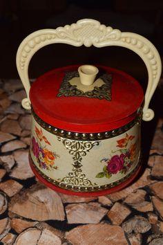 Vintage Dose in rot mit Blumenmuster von Monellabella auf DaWanda.com
