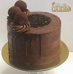 Truffle filling inside, truffle icing, truffle drip and Truffles on top! Need I say more? 😋