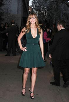 Jennifer Lawrence stuns in green