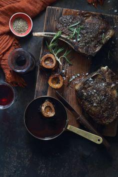 Roast Rib Eye and Bone Marrow with Red Wine Sauce recipe with NOMU Beef Fond Roast Recipes, Sauce Recipes, Marrow Recipe, Bone Marrow, South African Recipes, Jasmine Rice, Wine Sauce, Beef Steak
