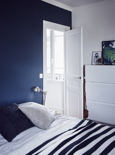 A blue and white bedroom. White Bedroom, Master Bedroom, Bedroom Decor, Making Space, Dark Walls, Simple Colors, Spare Room, Sweet Home, Palette