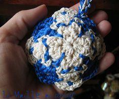 Just my Azulejos charm !!!  like a pincushion ...