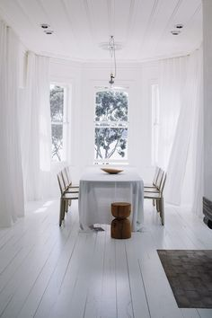 HARBOUR EDGE HOUSE BY FEARON HAY ARCHITECTS. — Cumming & Co. #white #light #linen #curtain #wood
