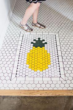 The Golden Girl Rum Club pineapple tile