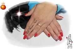 Unhas em Gel cor Vermelho com nail art em Foil <3