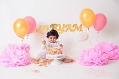 A baby eating a cake on her birthday. Baby Birthday, Birthday Cake, One Year Old Baby, Baby Eating, Balloons, Photoshoot, Babies, Kids, Young Children