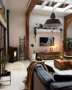 Inspiration from interior and exterior design. I select and post the interiors that make me want to live in that room. Home Living Room, Apartment Living, Living Room Decor, Living Spaces, Interior Design Living Room, Living Room Designs, Home And Deco, Living Room Inspiration, My New Room