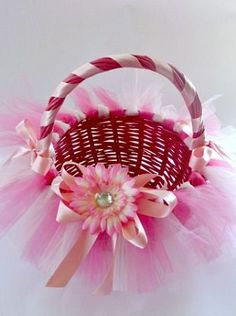 Originally made as a Tutu Easter Basket but I think this would be a perfect flower girl basket Easter Crafts, Holiday Crafts, Holiday Fun, Baby Shower Gift Basket, Baby Shower Gifts, Easter Baskets, Gift Baskets, Ribbon Retreat, Diy Ostern