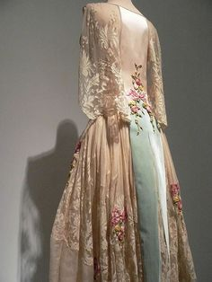 Blush silk satin and ivory silk chiffon evening dress French 1922