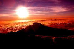 kilimanjaro sunrise Five Great Location to watch Sunrise