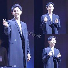 As per TVReport, Song Joong Ki will be donating the full amount of earnings from his 5th Fan Meeting in Seoul with 4000 attendees to charity ♡ (Source: TvReport; Pic: hellojoongki)  You have a beautiful heart, Joong Ki ssi. No wonder you are sooo blessed  #songjoongki #joongki #sjk #송중기 #중기 #宋仲基 #ソンジュンギ #kiaile #kiailes #descendantsofthesun ##태양의후예 #yoosijin #유시진 #sjkrepublic