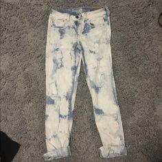 American eagle acid wash jeans NWT In great condition new with tags never been worn size: 2 straight American Eagle Outfitters Jeans
