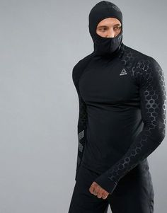 Reebok Men& Compression Hoodie, Crosffit compression shirt with hoodie, cold we . Reebok Training, Soccer Training, Tactical Suit, Estilo Fitness, Mode Costume, Mens Clothing Styles, Gym Clothing, Workout Wear, Camping Gear