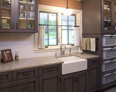 Traditional Laundry Room Lake Houses Design, Pictures, Remodel, Decor and Ideas - page 5