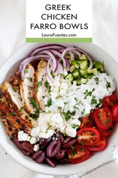 This Mediterranean Chicken Bowl is packed with protein, fresh veggies, and whole grains from farro. Make this power bowl for a light dinner or meal prep lunch for the office. Mediterranean Diet Recipes, Mediterranean Chicken, Mediterranean Bowls, Lunch Recipes, Cooking Recipes, Recipes Dinner, Healthy Recipes, Clean Eating, Healthy Eating