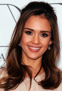 Jessica Alba Half Up Half Down - Half Up Half Down Lookbook - StyleBistro