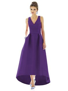 Alfred Sung Style D589 http://www.dessy.com/dresses/bridesmaid/d589/