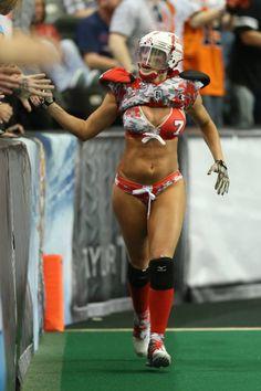 Ladies Football League, Female Football Player, Football Girls, Rugby Girls, Lingerie Football, Dallas Cheerleaders, Legends Football, Vikings Football, Beautiful Athletes