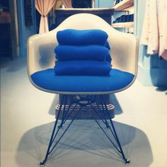 Triple #blue / #levis #madeandcrafted x #eames - #tenuedenimes #mesdames #amsterdam #style #denim