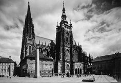 Prague of yesteryear. Courtesy of Vilém Heckel Archive Czech Republic, Empire State Building, Cathedral, Archive, Love, City, Travel, Prague, Historia