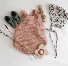 Ideas Crochet Baby Girl Outfits Kids Fashion For 2019 Boho Baby Clothes, Handmade Baby Clothes, Organic Baby Clothes, Unique Baby Clothes, Winter Baby Clothes, Fall Clothes, Beautiful Clothes, Diy Clothes, Baby Outfits