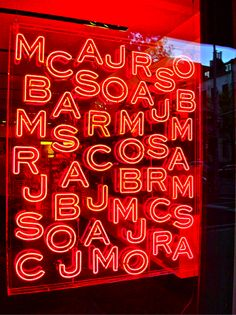marc jacobs sign at rodeo drive. via: fashionispoison