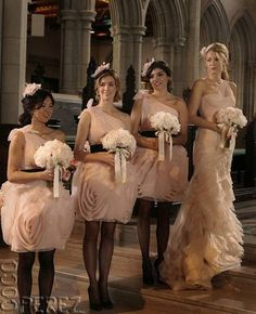 Blair Waldorf's entourage in Vera Wang #tv #wedding #dress