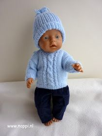 Nappi: Dinsdag poppendag: nieuwe kleren voor Tim. Barbie Knitting Patterns, Doll Clothes Patterns, Clothing Patterns, Baby Born Clothes, Knitting For Kids, Baby Sweaters, Baby Dolls, Knit Crochet, Free Pattern