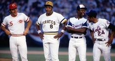 Johnny Bench, Willie Stargell, Hank Aaron and Willie Mays
