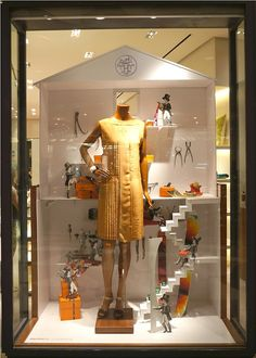 Hermès workshop window display by Kliment v Klimentov, Dubai visual merchandising