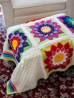 CROCODILE FLOWER AFGHAN #crochetflowers