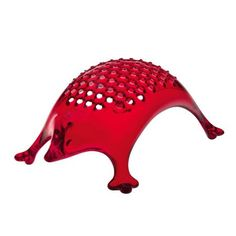 Buy for at ZiggiZiggi. Red hedgehog cheese grater by Koziol. A cute character cheese grater for your kitchen made from hygienic washable plastic from Koziol Pizza Ball, Potato Peeler, Sauce Hollandaise, Joe Wicks, Vegetable Slicer, Cheese Grater, Grated Cheese, Pink Eyes, Transparent