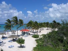 Princess Cays, Princess Cruises' private island in the Bahamas // relaxationyes.