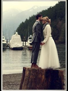 Jumper and wedding dress, still works!