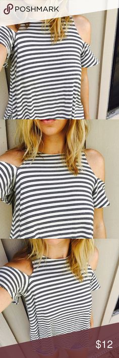 Shoulder Cut-Out Tee  Black and white striped // shoulder cut out tee shirt // PERFECT condition  size small // Forever 21 ✨ Forever 21 Tops Tees - Short Sleeve
