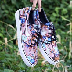 """sports shoes 4b755 ef642 Nike SB Stefan Janoski – """"DesertBlue Digi Floral Camo""""  Release Reminder"""